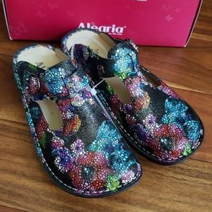 New Alegria women's Slip-Ons clogs Bubblish